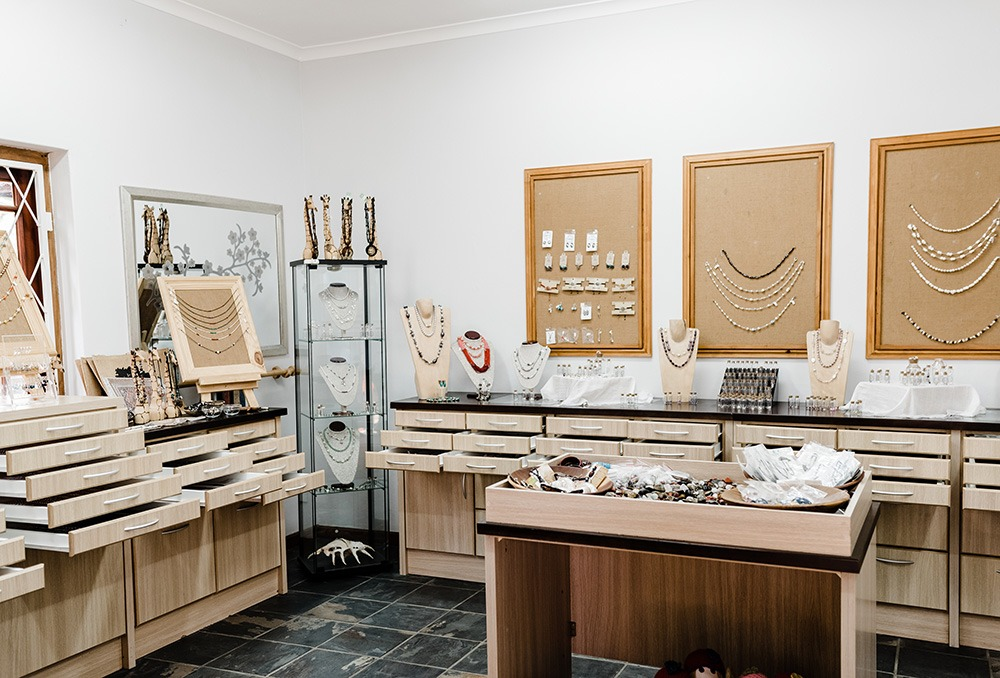 The Pearl Shop, Wilderness, Garden Route, South Africa